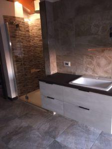 Mobile bagno realizzato a Pescantina 3